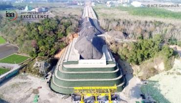 Aplicación de estructura reforzada con geomalla para la construcción de pilares, Taichung, Taiwán