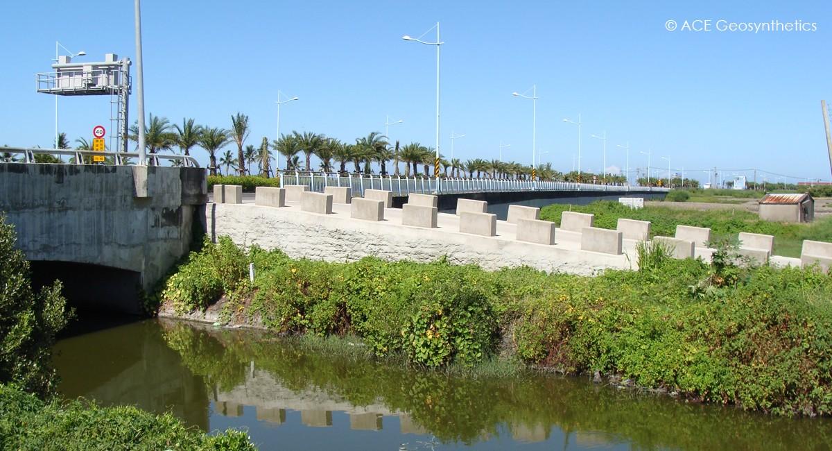 Proyecto de Restauración Ecológica del Río Fongshan