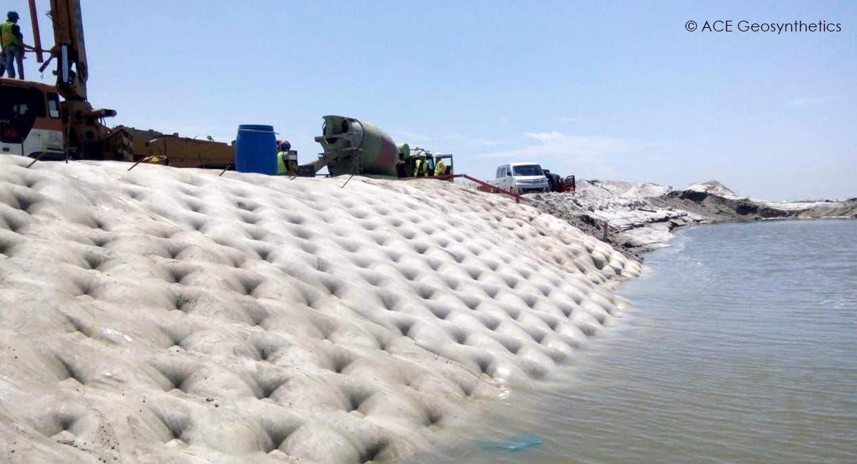 Protección contra la erosión de la orilla del río, Belawan, Indonesia