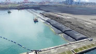Công trình nạo vét phù sa luồng tàu cửa khẩu và lấn biển, Thành phố Cao Hùng, Đài Loan